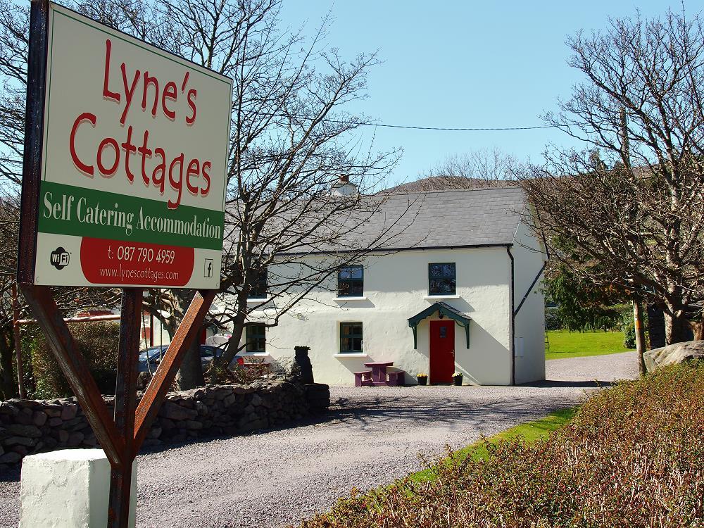 Cool Self Catering Cottages Brandon Dingle Peninsula Kerry Ireland Download Free Architecture Designs Xaembritishbridgeorg